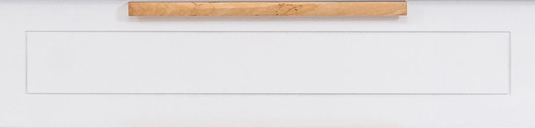 Front lakierowany z frezowaniem dookoła i drewnianym uchwytem