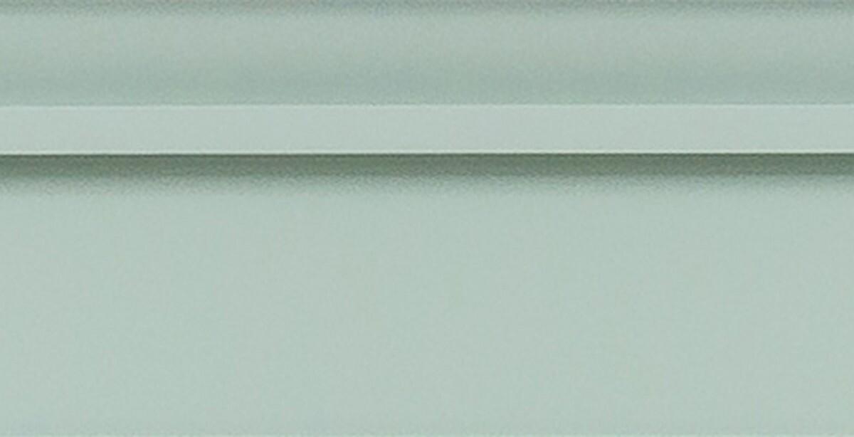 Pistacjowy front z listewkami dookoła
