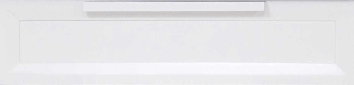 Front z płaskimi listewkami dookoła